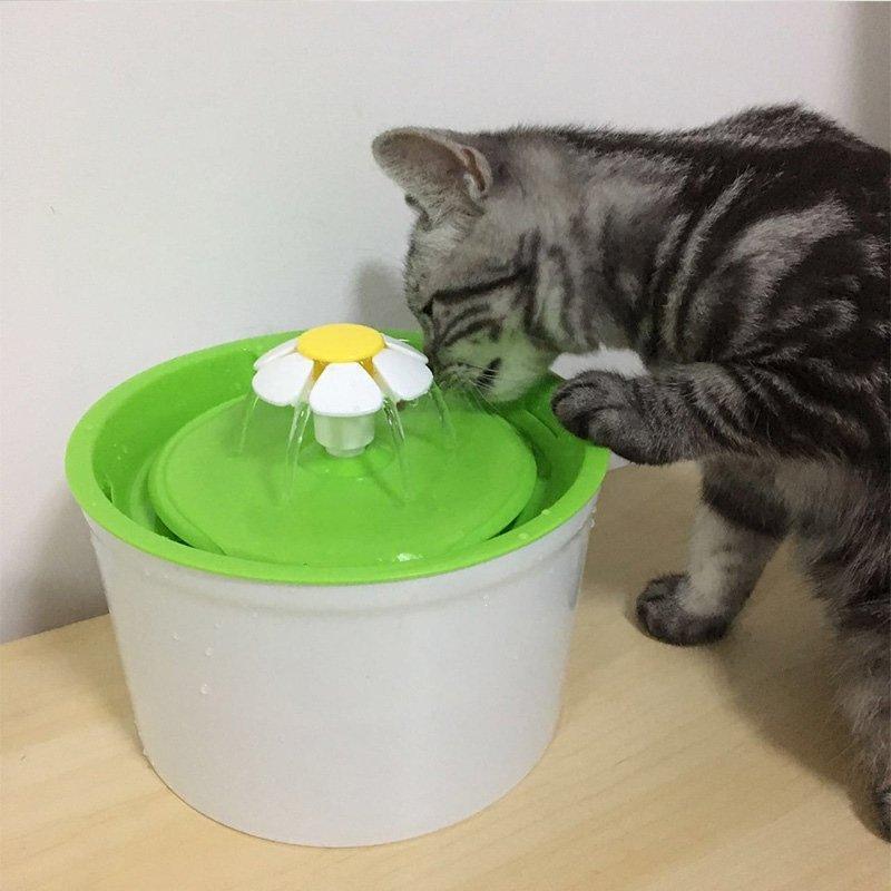 Αυτόματη Ποτίστρα Συντριβάνι για σκύλους και γάτες Pet Water Flower 1,6L ΜΠΟΛΑΚΙΑ-ΤΑΙΣΤΡΕΣ